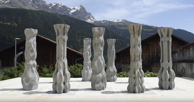 Concrete pillars made by a 3D printed robot