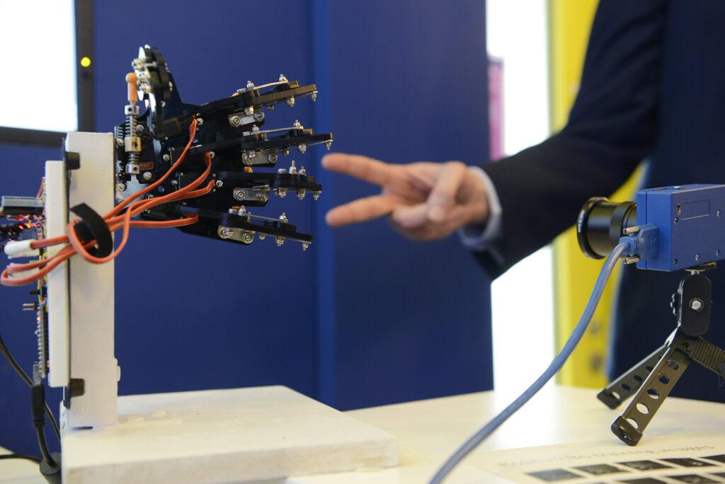 ETH Meets Davos 2018 - Robotic Hand