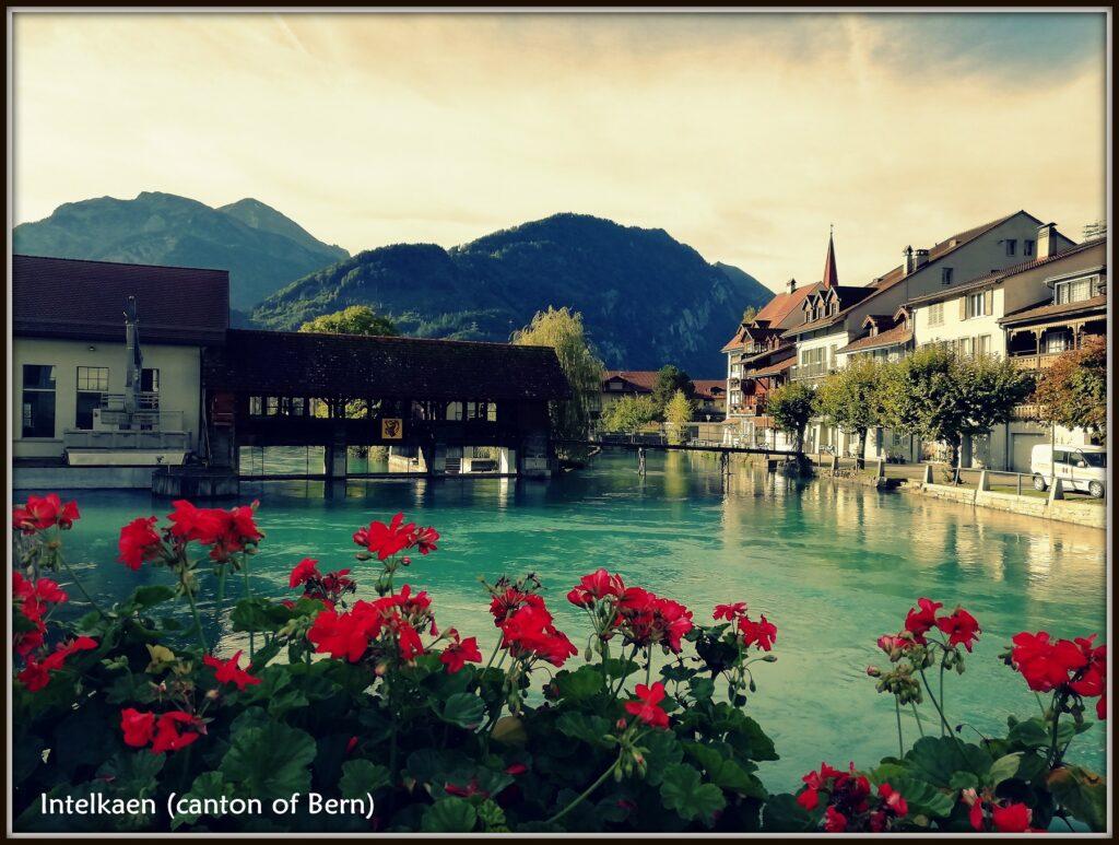 Lake, houses and mountains of Interlaken